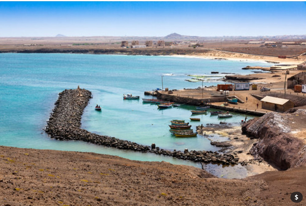 fishing-village-harbor-near-Pedra-Lume-salt-mine-in-the-volcano-crater