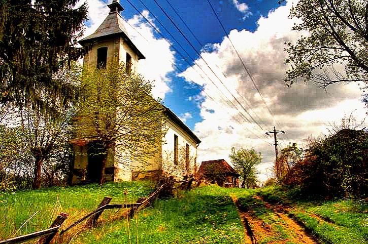 ghost-village-in-Transylvania-Sapartoc