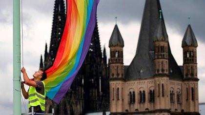 Polémica sobre la bendición a uniones de personas del mismo sexo