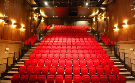La-venerie_grande-salle_Espace-Delvaux.p