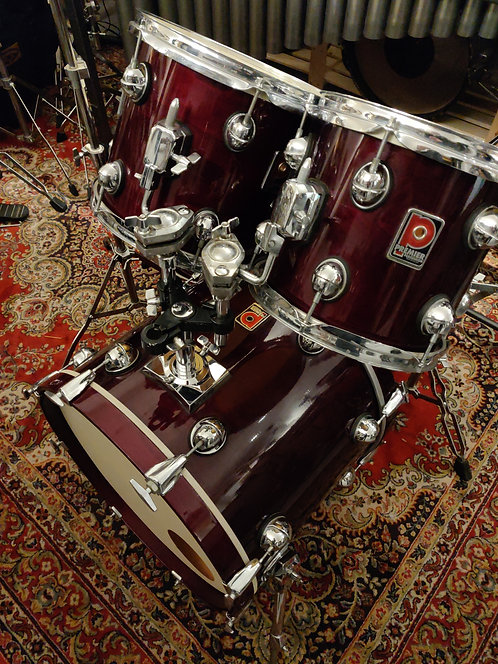 "Premier Genista Damask Red lacquer finish 20"" 10"" 12"" 14"""