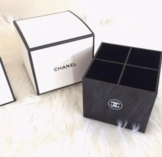 CHANEL Cosmetic Makeup Brush Storage