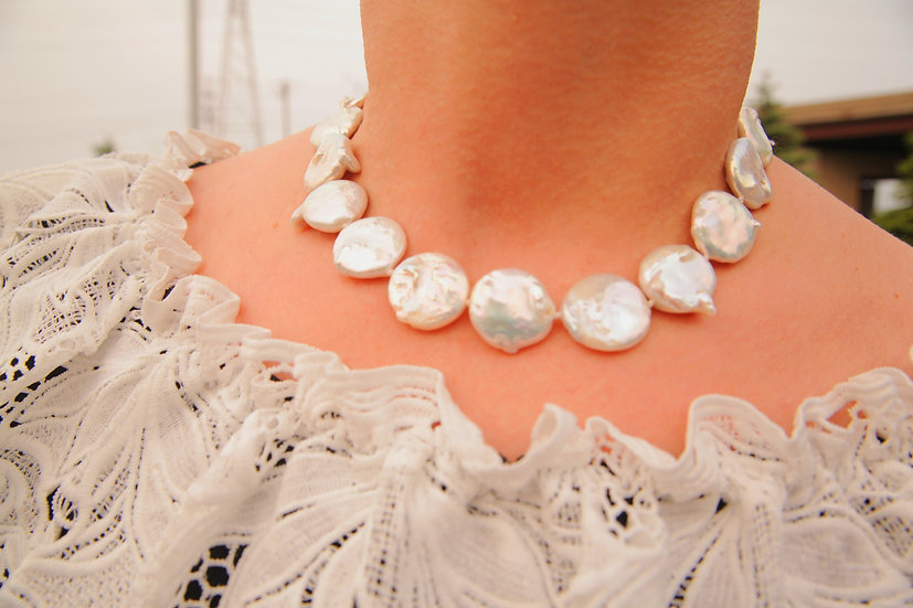 Genuine custom pearl coin necklace