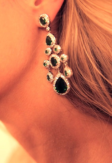 Emerald And diamond hanging earring