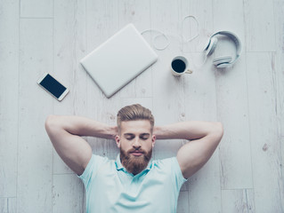 Læg dig på ryggen - en mindful daglig praksis