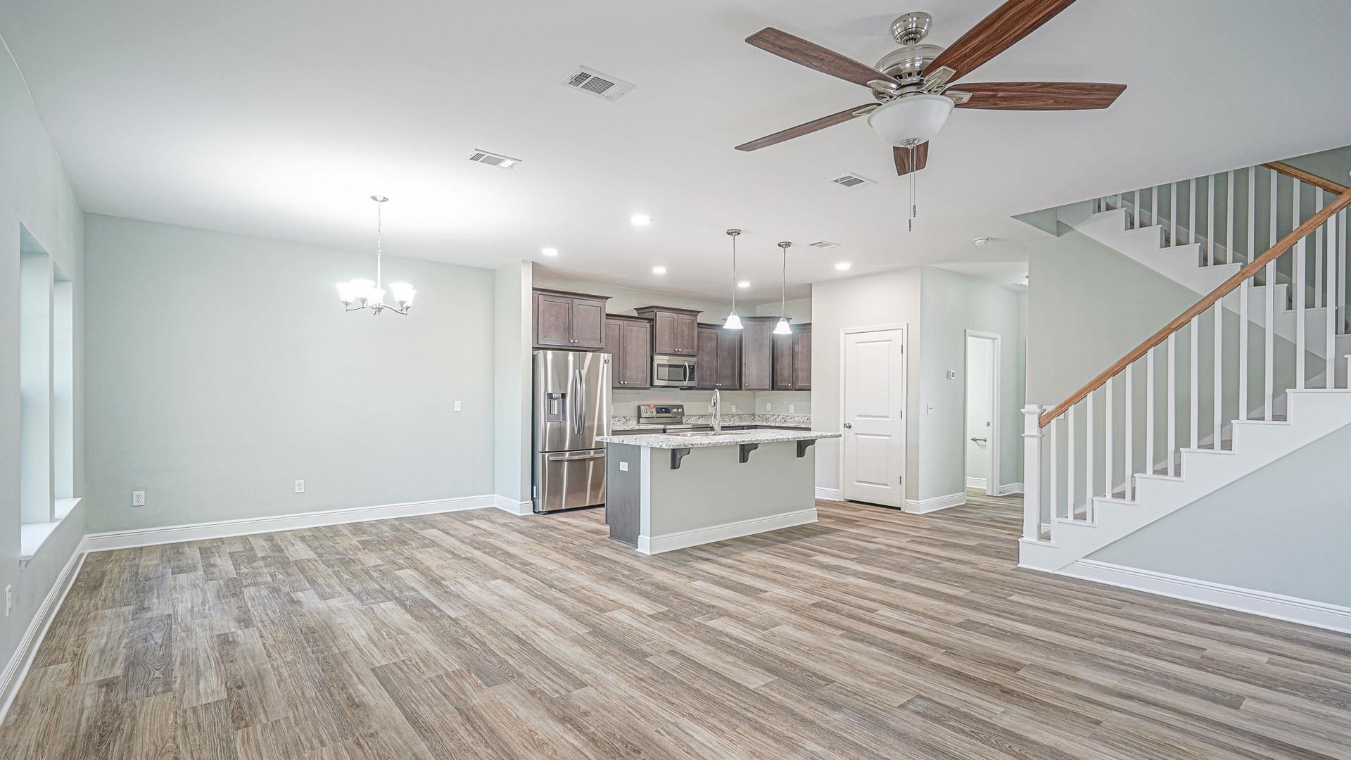 196 Johnson Ct Shiloh Place Living Area