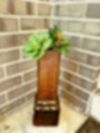 Square below Vase_edited_edited.jpg