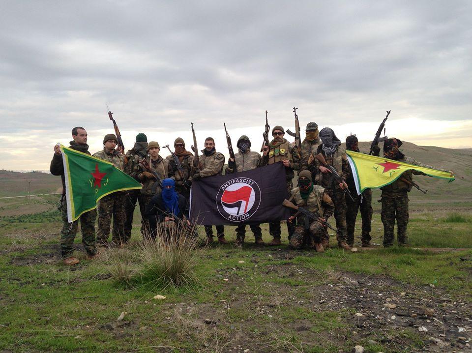 Voluntarios internacionalistas en Rojava