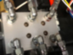 hydraulic leak from hose at manifold block