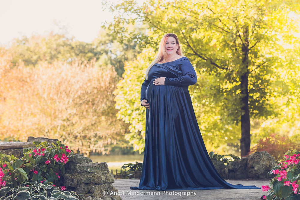 Maternity Photography of a woman standing