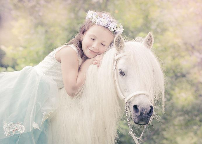 UnicornPrincessPhotoAnettMindermann.jpg
