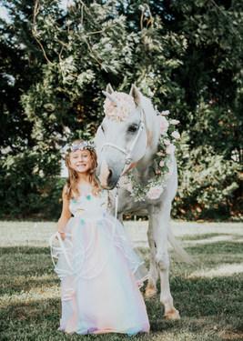 UnicornPhotoShootAnettMindermannPhotography-5.jpg