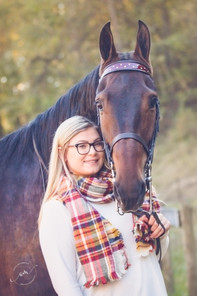 AbbySenior13191022-267-Edit.jpg