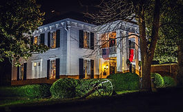 Lotz House at Night.jpg