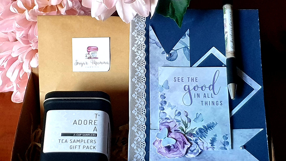 """A Mothers Canvas Hamper """"Blue and Lace"""""""