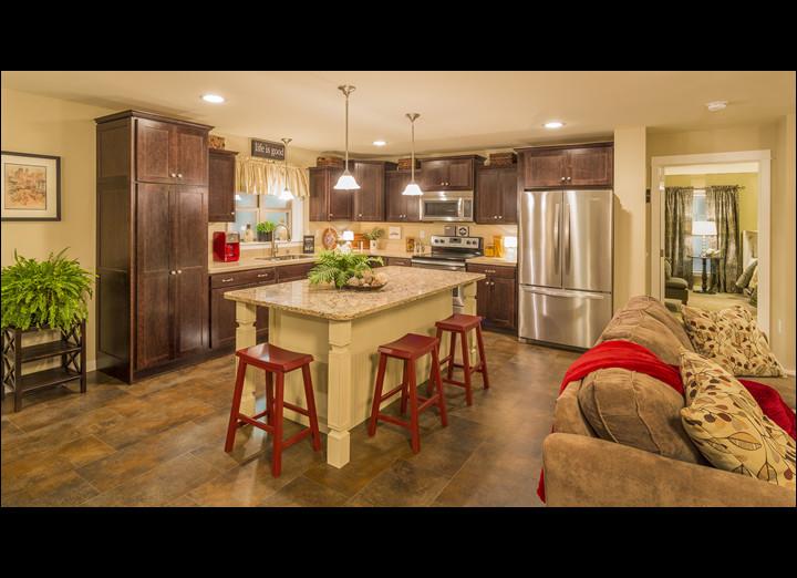 Kitchen5-sm.jpg