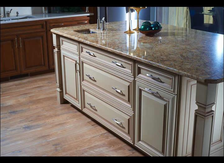 Kitchen15-sm.jpg