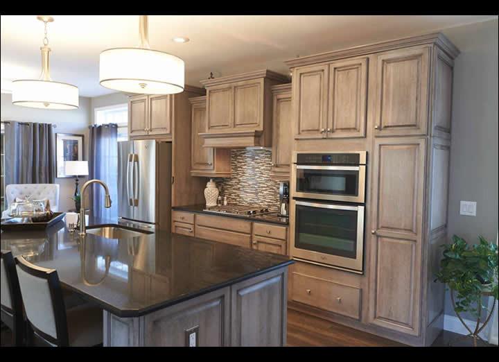 Kitchen7-sm.jpg
