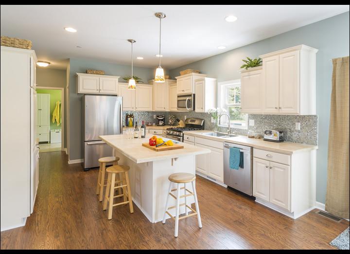 Kitchen13-sm.jpg