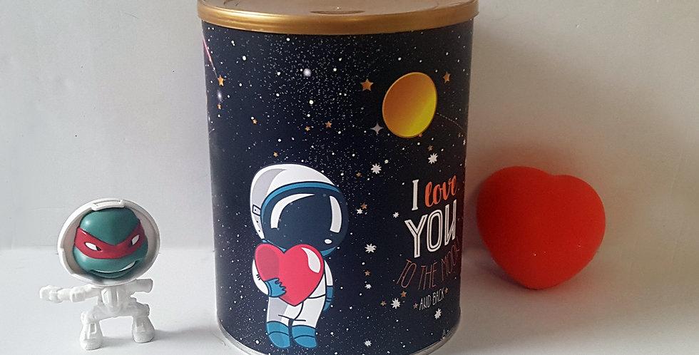 עיטופית אסטרונאוט
