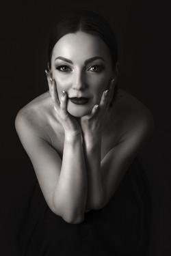 atlanta studio photo session elegant beautiful womanblack and white portrait