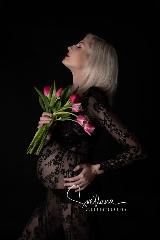 Maternity pictures with Natalia Nova