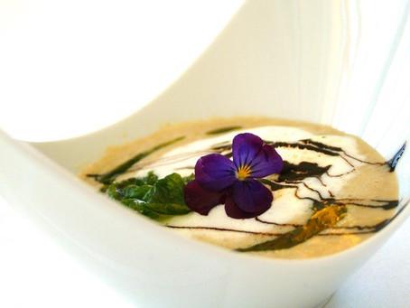 Das Rezept für die getrüffelte Maronenschaumsuppe mit Pindus Trüffel und Kalbsbries