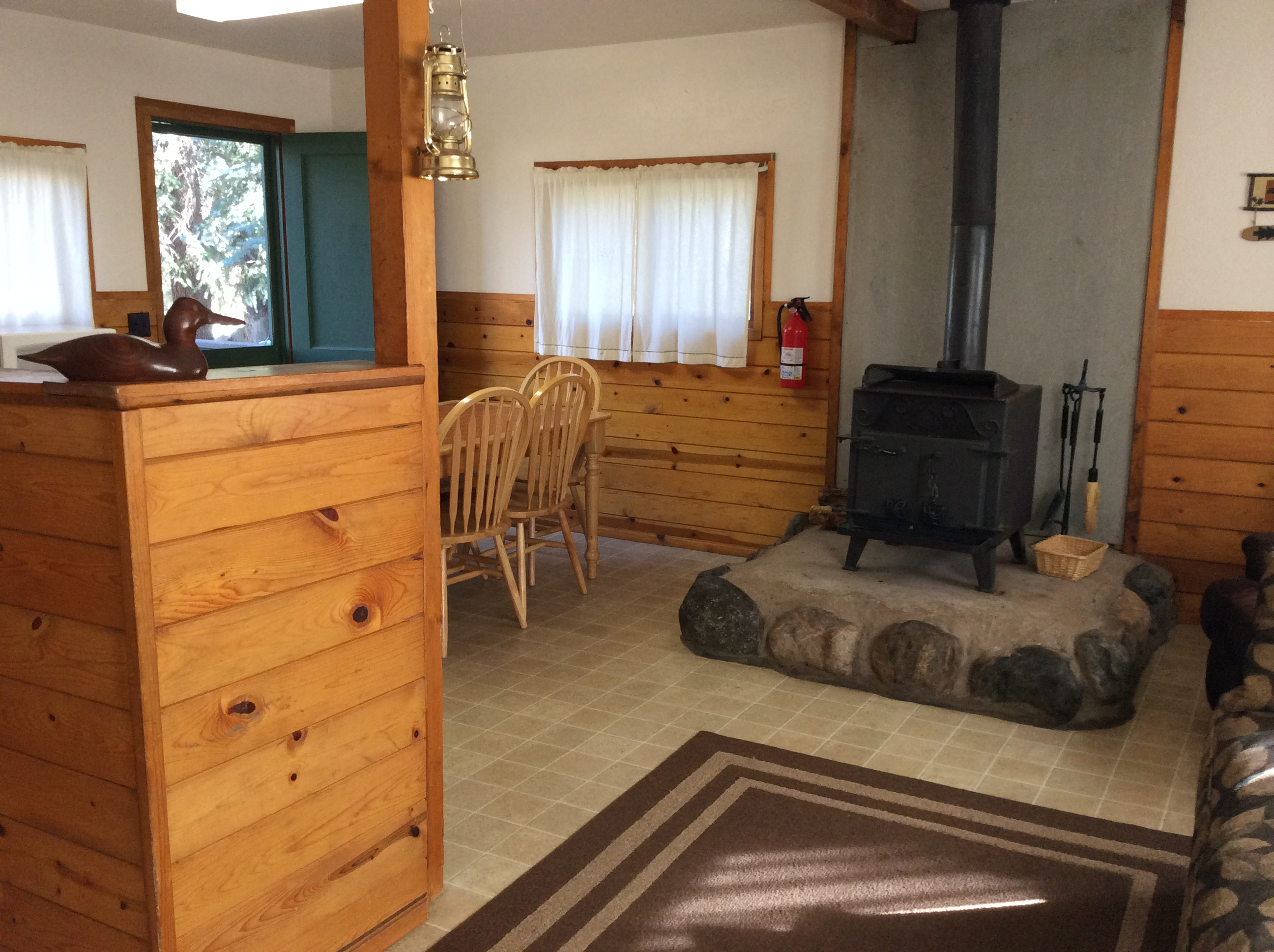 Kodiak Bear Cabin