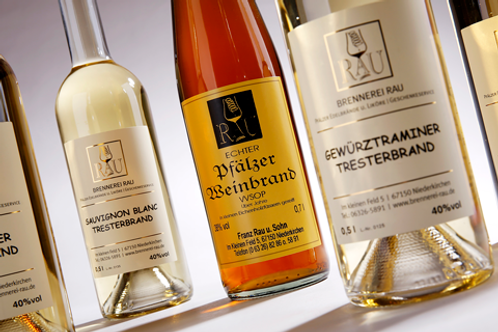 TRESTERBRAND aus Muskateller / holzfassgereift / 0.5l (25.00€/l / 40%vol.)
