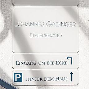 Hausschild_Slider_bearbeitet.jpg