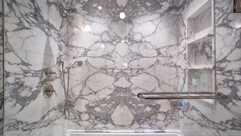 Statuary slab bath