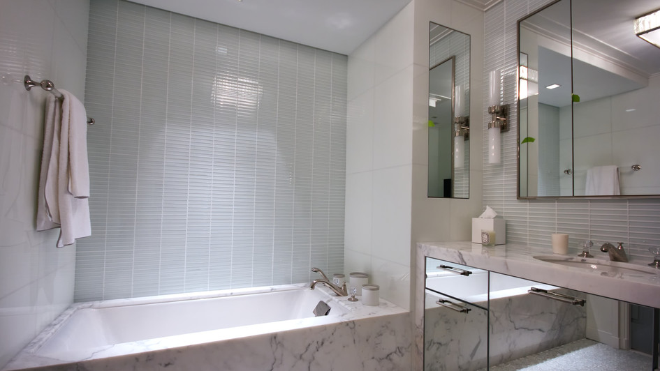 Calacatta Bath