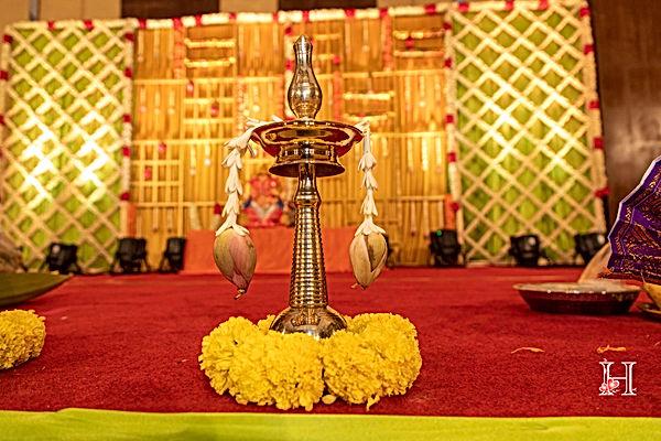 Kerala lamp Kerala vilakku.jpg