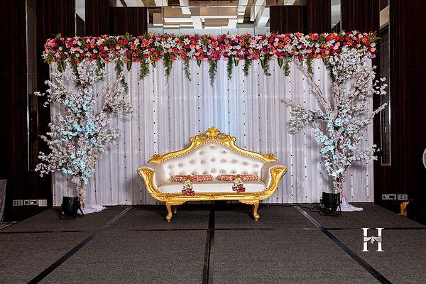 hotel wedding decoration.jpg