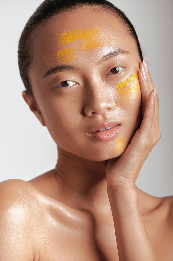 clay face mask makeup look, makeup by lindsay kastuk, model sandra zhang, makeup artist nyc