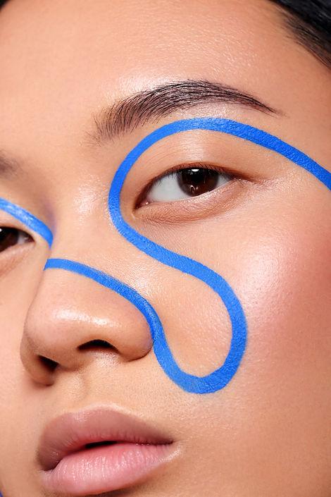 graphic line makeup look, creative makeup artist