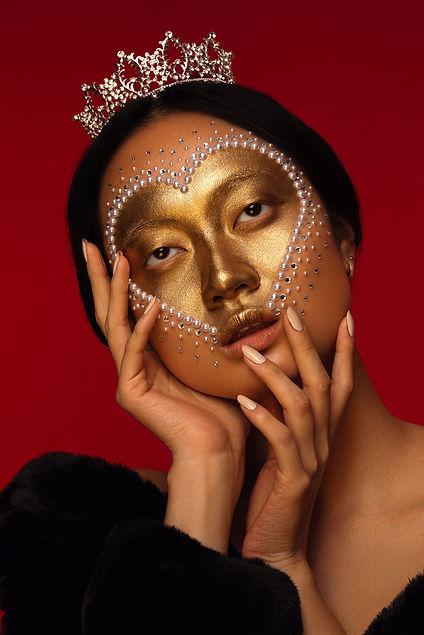 heart makeup look, creative makeup artist
