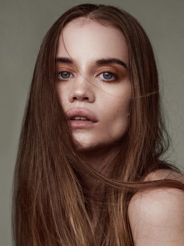 Makeup by Lindsay Kastuk