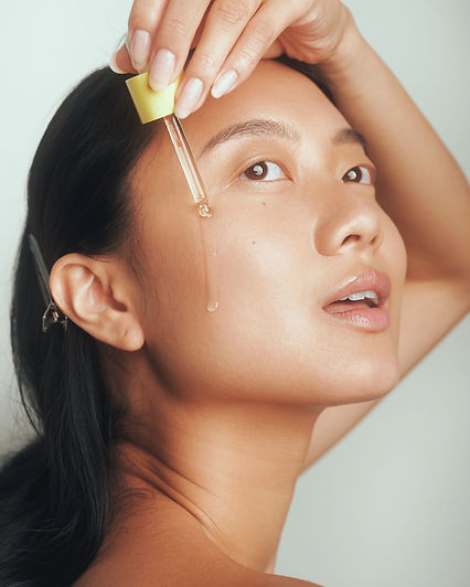 drunk elephant vitamin c oil, makeup by lindsay kastuk, model sandra zhang, makeup artist nyc