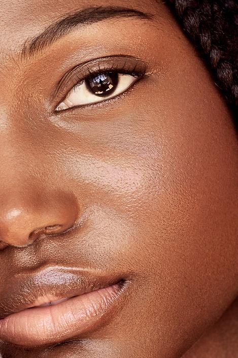 natural makeup look macro