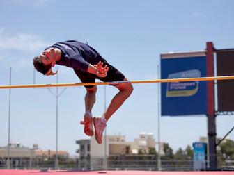 U20 Hochsprung Landesrekord mit 1.93m von Joel Riesen in Chur