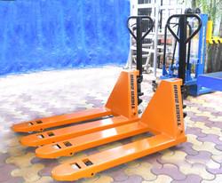 Tiger 2000 Hydraulic Hand Pallet Trucks(1)