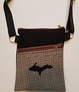black beige plaid purse.jpg
