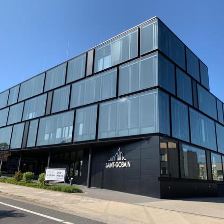 Fassadenarbeiten - Bürogebäude
