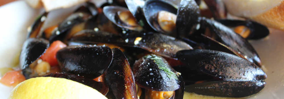 Steamed Mussels | Real Time Sports Bar and Grill