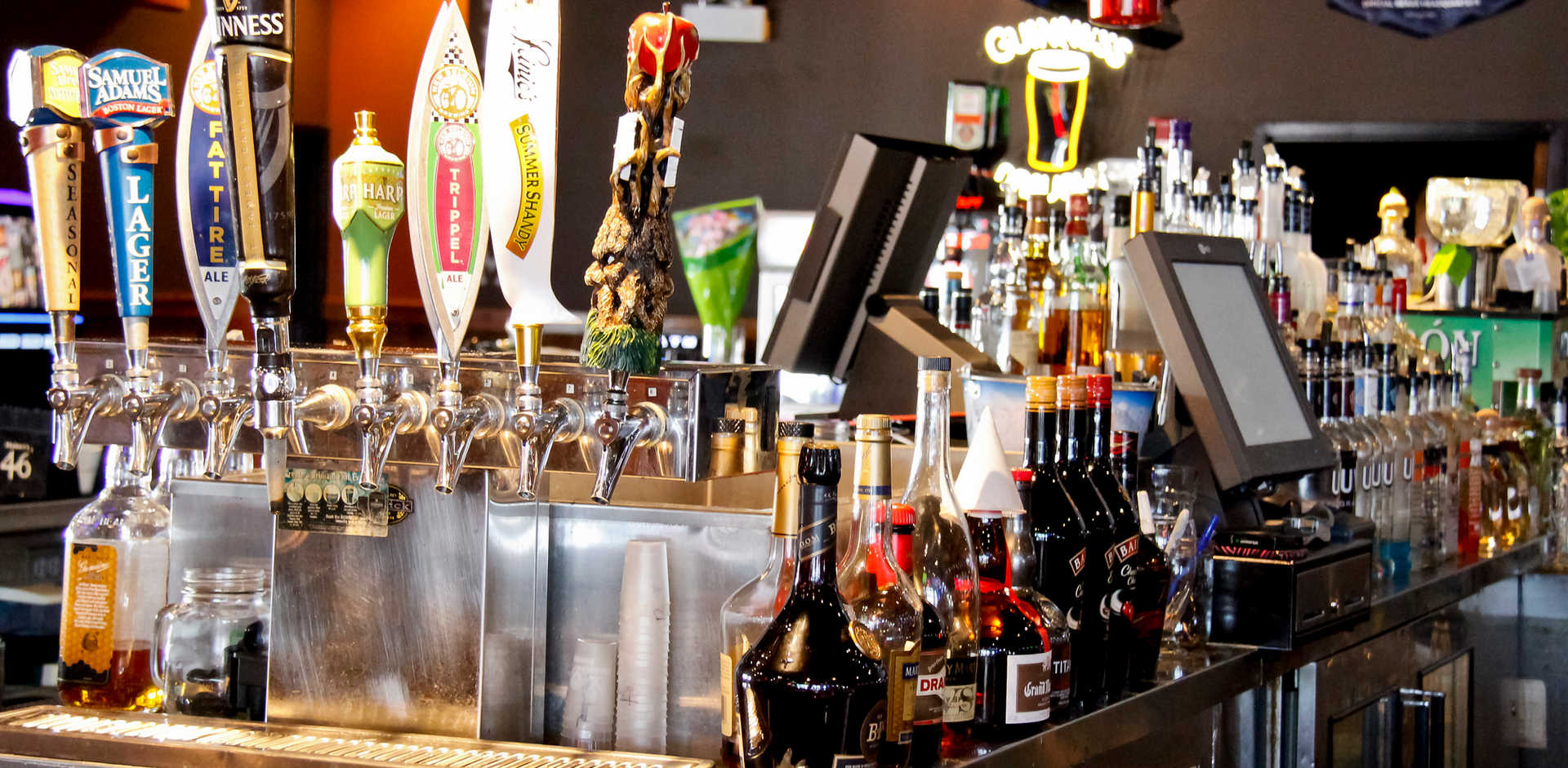 Real Time Sports Bar and Grill Bar Taps