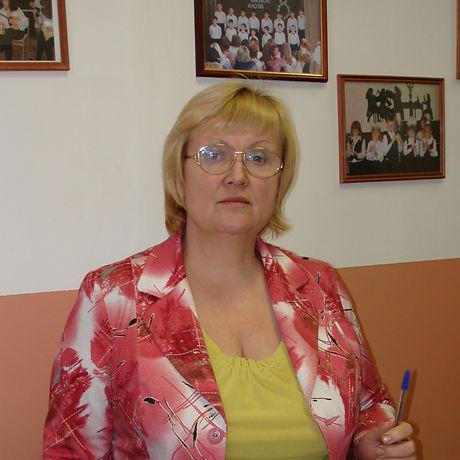 Жарникова Екатерина Николаевна преподава
