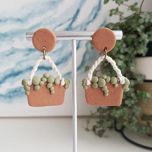 hanging plant // clay earrings // handmade