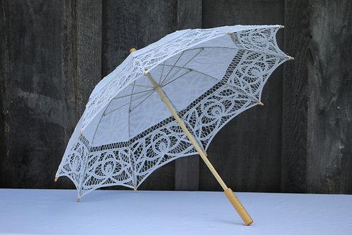 white cloth umbrella(1)