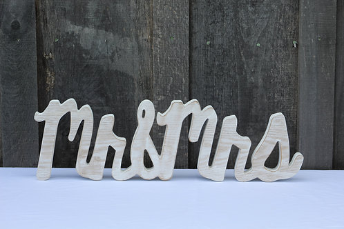 Mr & Mrs wood table sign